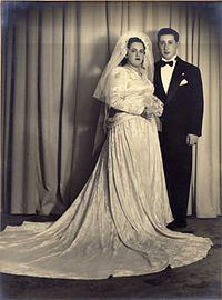 Abramovich el dia de su casamiento.jpg