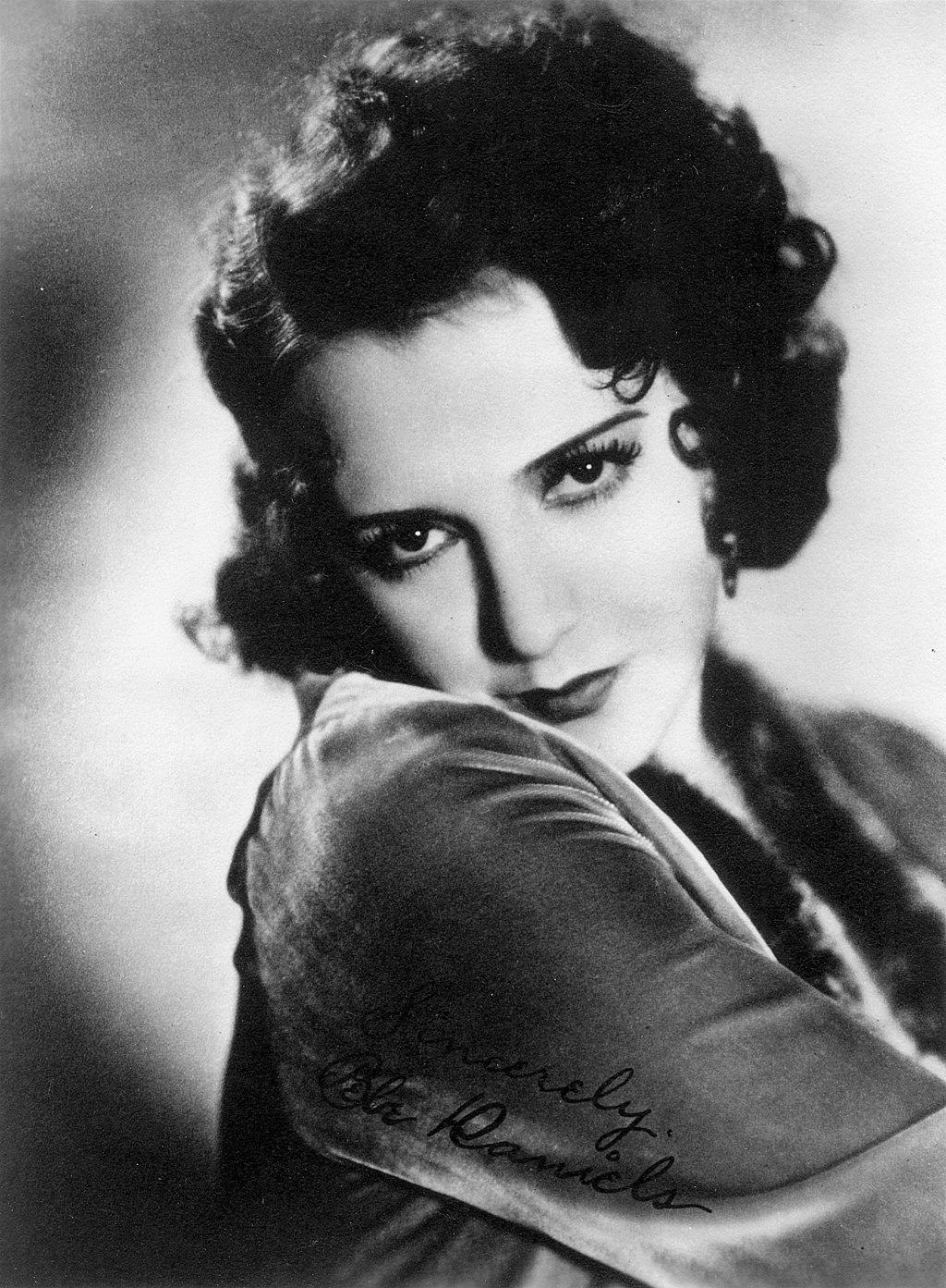 Actress Bebe Daniels
