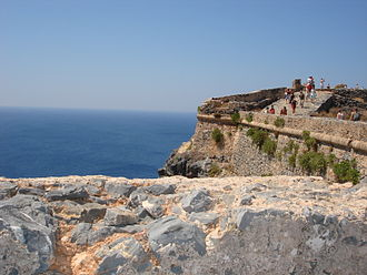 Gramvousa - The walls of the fort at Imeri Gramvousa