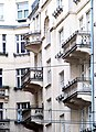 Aleje Jerozolimskie 99 balkony.jpg