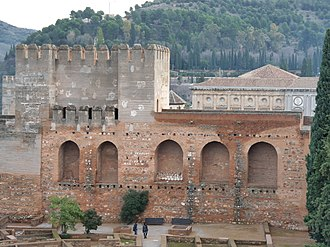 Alhambra - The citadel before and after the 20th-century reconstruction campaign