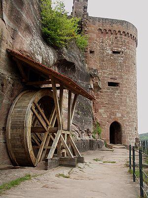 Altdahn Castle - Image: Altdahn südturm