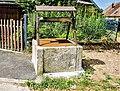 Ancien puits à Courchapon.jpg
