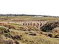 Aqueduc de Zaghouan franchissant l'oued Kharroubat Mchennga.JPG