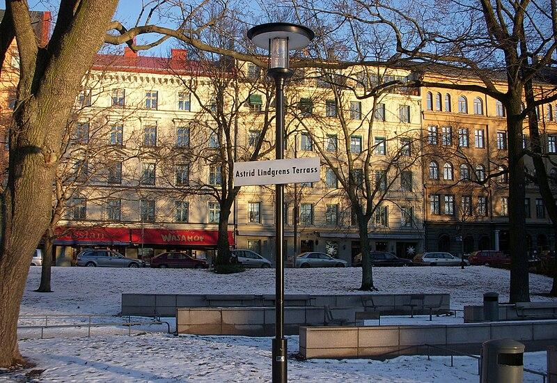 File:Astrid Lindgrens Terrass 2009.jpg