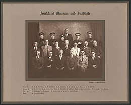 Auckland Museum and Institute staff group portrait. ca. 1935.jpg