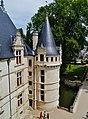 Azay-le-Rideaux Château d'Azay-le-Rideau Ostseite Türmchen 3.jpg