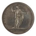 Baksida av medalj med bild av man i antik rustning samt text - Skoklosters slott - 99553.tif