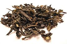 Ban Tian Yao Oolong tea leaf.jpg