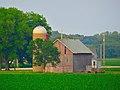 Barn and a Silo - panoramio (12).jpg