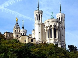 Базилика Нотр-Дам-де-Фурвьер - Panoramio (1) .jpg