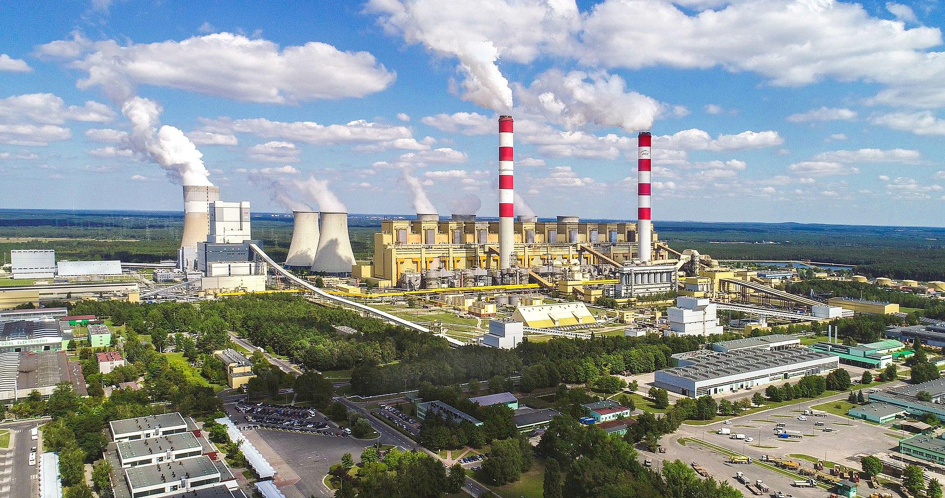 Widok z lotu ptaka na Elektrownię Bełchatów