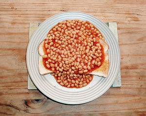 English: Beans on toast