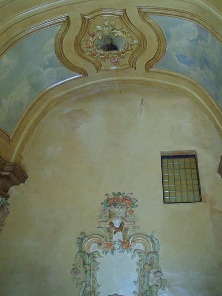 Begijnhof Diest - kapel infirmerie - plafond en zijmuur