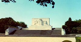 Bellicourt American Monument.jpg