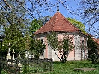 Zehlendorf (Berlin) - Image: Berlin Zehlendorf Dorfkirche