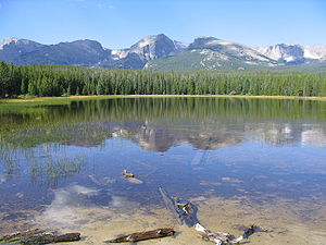 Reflection of mountains in Bierstadt lake. Als...