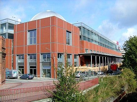 df080f6c236132 Das südliche Gebäude von der rückwärtigen Seite aus