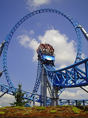 Launched roller coaster - Image: Blue Fire Megacoaster Europa Park Durchfahrt des Loopings