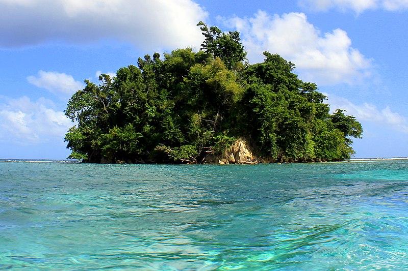 Praia da Lagoa Azul na Jamaica
