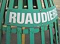 Bouie d'La Rouaûdgiéthe caûchie d'la Ville Saint Hélyi Jèrri Janvyi 2010.jpg