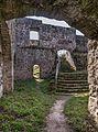 Bramberg Ruine Treppe P4RM2223.jpg