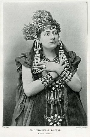 Photo of Lucienne Bréval in the role of Salammbô.