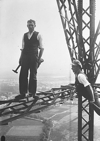 Königs Wusterhausen - Checking the radio transmitter tower, 1930