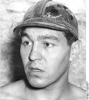 "Bundesarchiv Bild 183-26898-0001, Kalischacht ""Volkenroda"", Bergarbeiter.jpg"