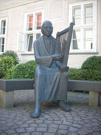 Philipp Spitta (poet) - Image: Burgdorf Spittadenkmal