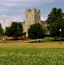 Burruss Hall Virginia Tech.jpg