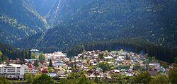 Busteni view 3.jpg