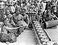 COLLECTIE TROPENMUSEUM Balinese kebyardans met begeleiding van een gamelanorkest TMnr 10004738.jpg