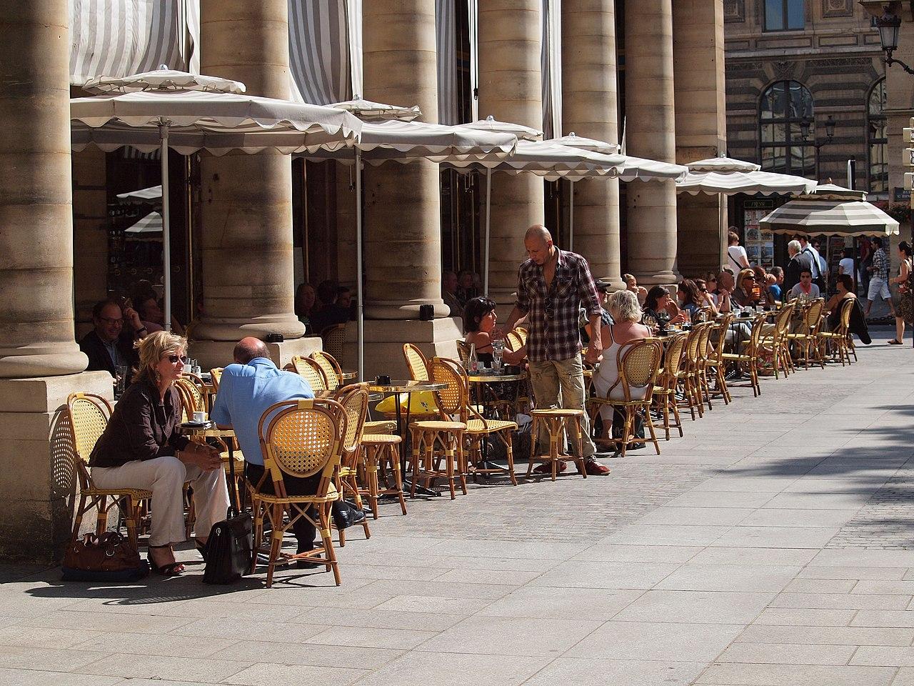 Cafe Restaurant Place Colette