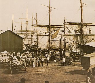 Coffee production in Brazil - Coffee being embarked in the Port of Santos, São Paulo, 1880
