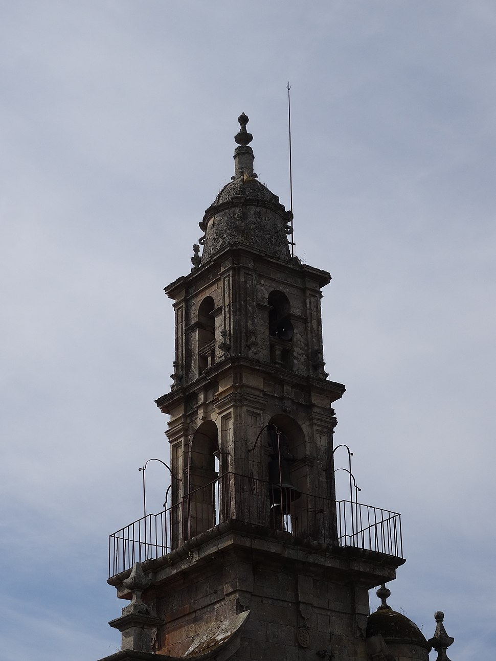 Campanario igrexa Grixoa, San Amaro