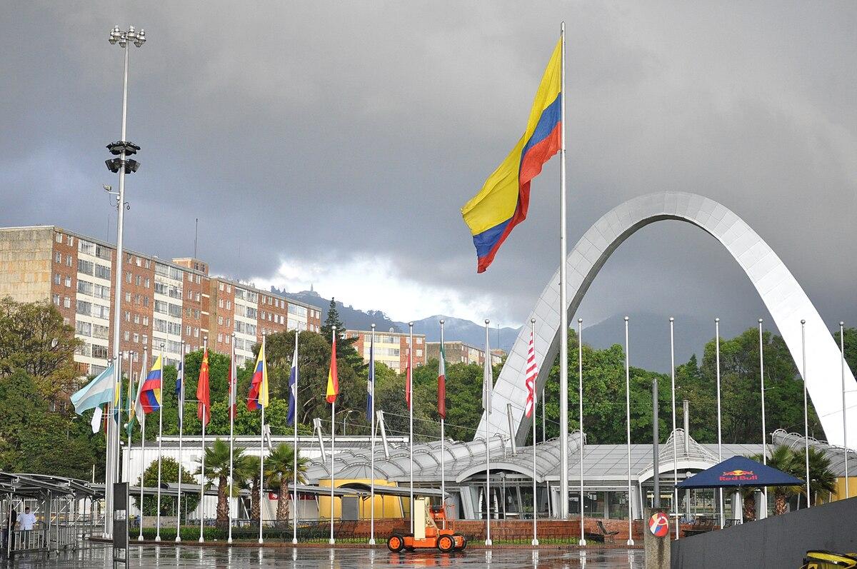Historia de la colombiana - 1 part 2