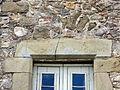 Can Salo - façana oriental finestra detall.jpg