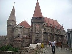 Castelul Corvinilor - Hunedoara (judetul Hunedoara).jpg