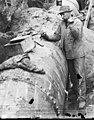 Caulking Cedar River Pipeline, 1900.jpg