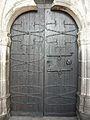 Chastreix église portes.JPG
