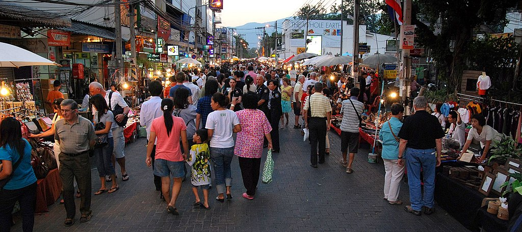 Chiang Mai sunday evening walking street