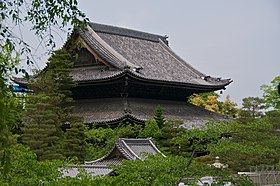 Chion-in (7151259687).jpg
