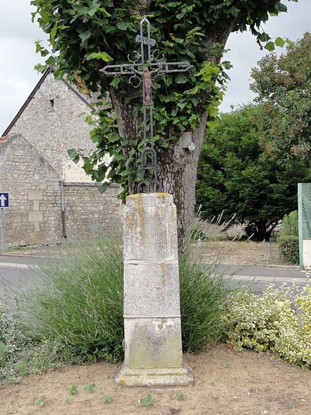 Ciry-Salsogne (Aisne) croix de chemin