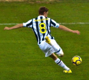 Claudio Marchisio - Marchisio playing for Juventus in 2009, in a match against Bari