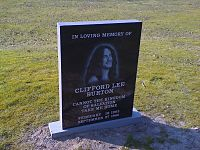 Gravsted for Cliff Burton