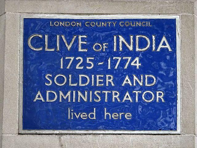 Photo of Robert Clive blue plaque