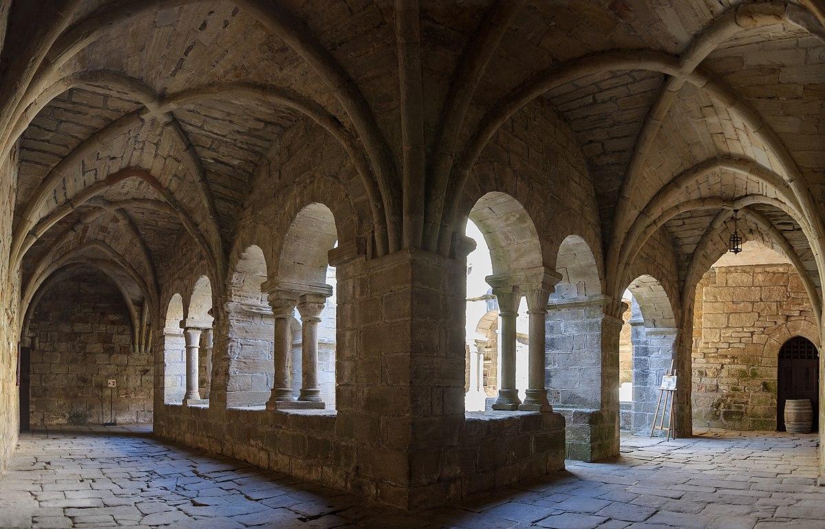 Cloitre prieure Saint-Michel de Grandmont