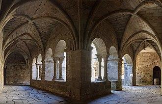 Cloister - Image: Cloitre prieure Saint Michel de Grandmont