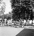 Collectie NMvWereldculturen, TM-10001979, Negatief, 'Een parade van Kratontroepen te Yogyakarta', fotograaf onbekend, voor 1939.jpg